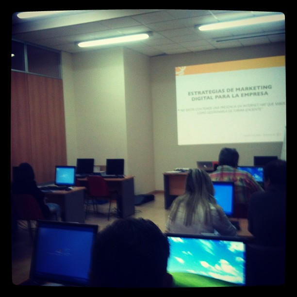 Curso estrategias Marketing Digital